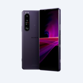 Front and rear view of Xperia 1 III in frosted purple