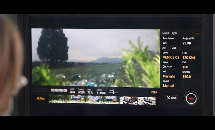 Image of the on-screeen UI when filming on the Xperia 5 II